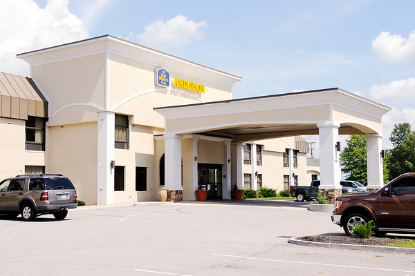 Don Knight | The Herald Bulletin A suspect attempted to rob four locations in Daleville and Anderson early Tuesday morning including the Best Western at 2114 East 59th Street.