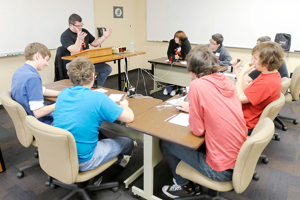 Frankton faces Mississinewa in a contest for third place during the Academic Brain Bowl at the Flagship Enterprise Center hosted by Purdue University College of Technology at Anderson on Saturday.