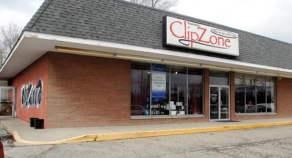 THB photo/John P. Cleary<br /> ClipZone Salon-Best Of winner.