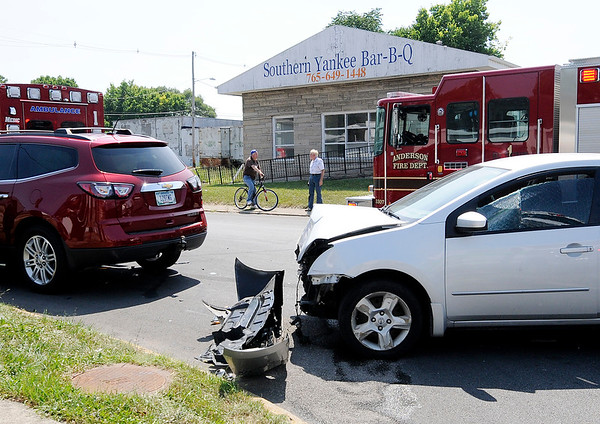 Don Knight   The Herald Bulletin<br /> Two vehicle accident at the intersection of 14th and Brown-Delaware on Thursday.