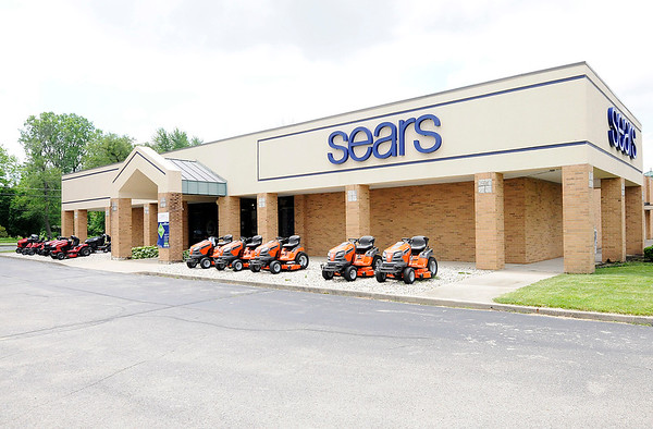 Don Knight | The Herald Bulletin<br /> The Sears Hometown Store in Anderson is locally owned and counts on customer service to set themselves apart from their competition.