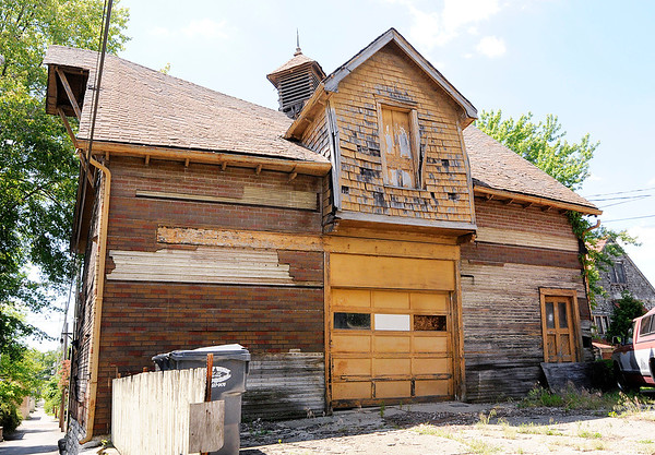 Don Knight | For The Herald Bulletin<br /> A historic carriage house in downtown Anderson has been deemed unsafe by the Anderson Municipal Development Department. It must be either removed or undergo major renovations.