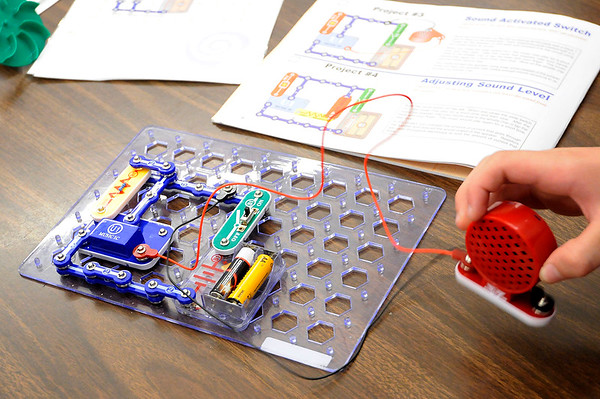 Don Knight | The Herald Bulletin<br /> Students created projects using kits from Snap Circuits during the Electricity in a Snap science program at Valley Grove Elementary on Wednesday.