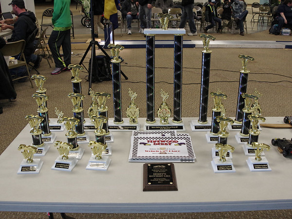 The Cub Scouts participating in the Sakima District Pinewood Derby on Sunday were out to win heat and over-all event trophies.