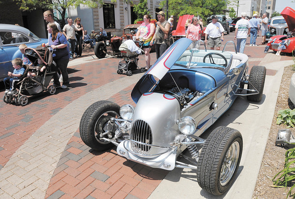 Dave Carpenter's '27 Model T roadster is parked on Meridian during the Annual Little 500 Car Show and APD Block Party on Saturday.