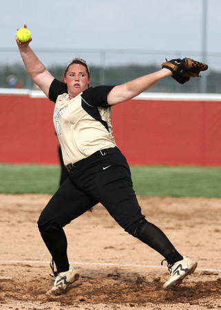 Chris Martin for THB<br /> Madison-Grankt's Cierra Liddick pitches in a winning effort against Frankton Monday
