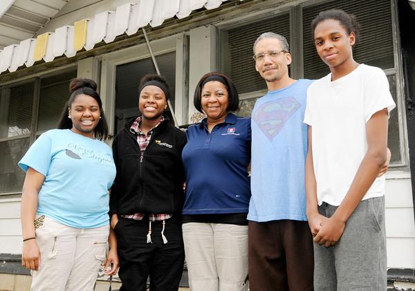 Don Knight | The Herald Bulletin<br /> The Parran family. From left, Ja'Kyra Tilford, Ka'Neisha Tilford, Mileaka Parran, Anthony Parran and Joey Tilford.