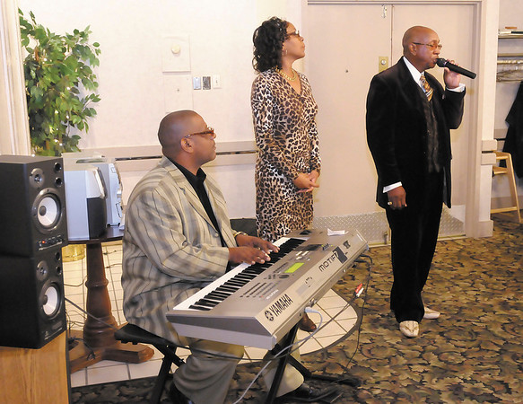 Jesse Braxton sings during the Madison County Branch of the NAACP's B. Harry Beckham Freedom Fund Banquet on Saturday.