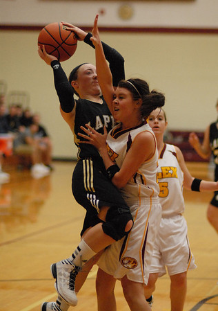 Lapel sophomore Kirsten Rich drives toward the basket during the second quarter of the Bulldogs game against Alexandra.