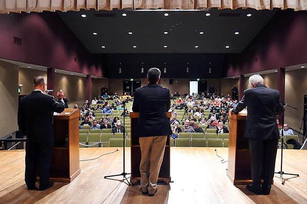 The Anderson Mayoral forum was held at the Anderson City Building auditorium before a large crowd.