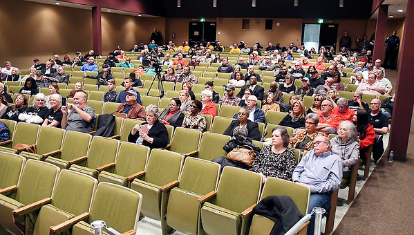 A large crowd turned out for the Anderson Mayoral forum Thursday evening held at the Anderson City Building auditorium.