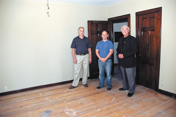 Owners of Beverly Terrace preparing to market condos in the building.