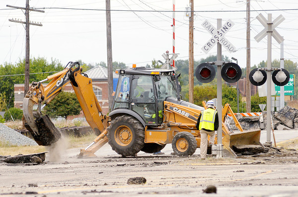 Don Knight/The Herald Bulletin<br /> Scatterfield was closed between Mounds Road and 32nd Street on Monday as CSX builds two new sections of railroad tracks and retires a third track located between the two crossings. Traffic is being detoured to Columbus Avenue and the work is expected to take three weeks.