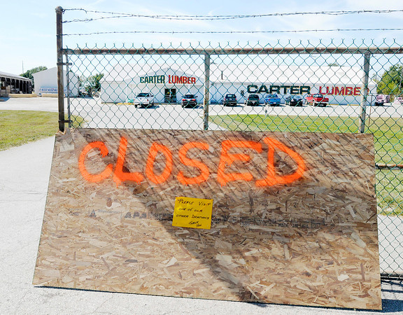 Don Knight/The Herald Bulletin<br /> Carter Lumber closed their Anderson location on Tuesday. Carter Lumber officials at the companyÕs headquarters in Kent, Ohio declined to comment on the closing.