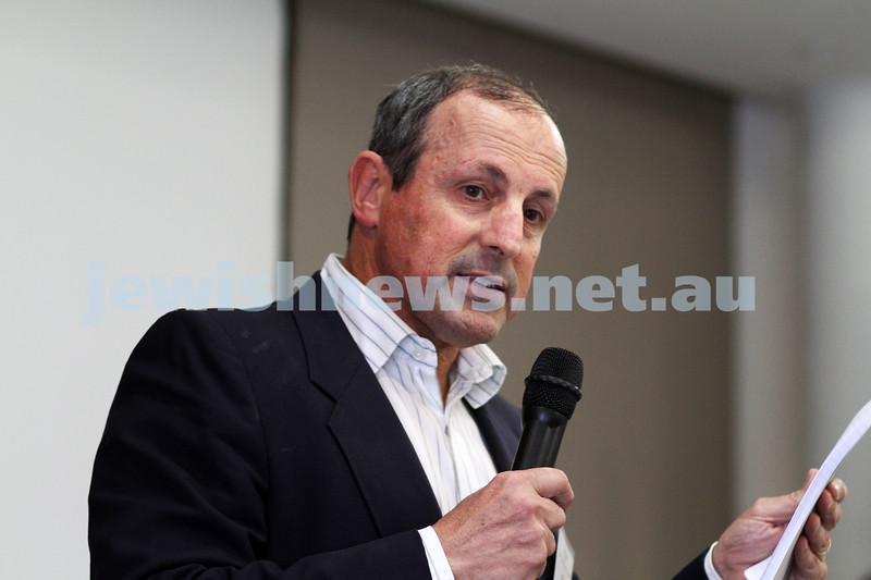 27-11-11. 2011 ECAJ Conference at the Beth Weizmann Community Centre. Vic Alhadeff from NSW.  Photo: Peter Haskin
