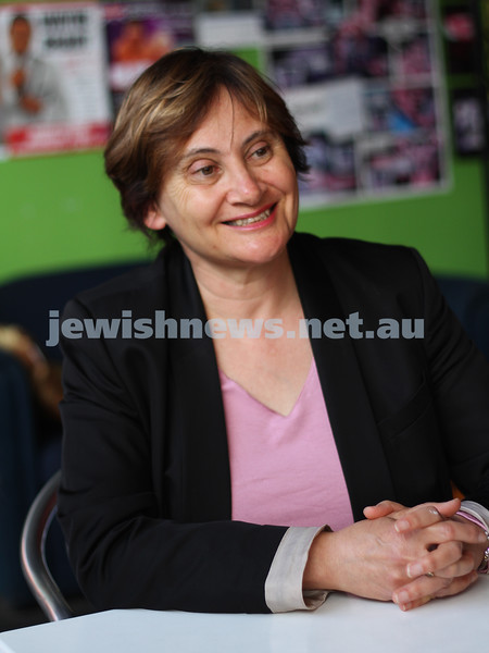 Heather Abramson, Labor candidate for Caulfiled. 2010 Victorian State election. photo: peter haskin