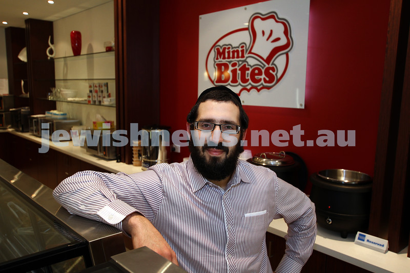 "Kosher restaurants in Melbourne. Owner of the new ""Mini Bites"" in Glenhuntly Rd, Dov Unfanger. Photo: Peter Haskin"