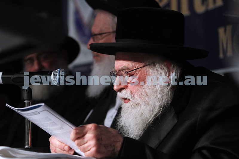 30-7-12. Melbourne Siyum at Docklands. More than 1000 people attended the Melbourne Siyum which happens every 7 1/2 yrs after the completion of studying the Talmud. Photo: Peter Haskin