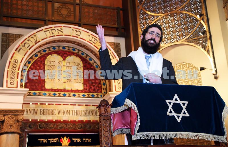 14-8-11. Induction of Rabbi Yaakov Glasman. Rabbi Yaakov Glasman gives his first sermon as the new Chief Minister of St Kilda Hebrew Congregation. Photo: Peter Haskin
