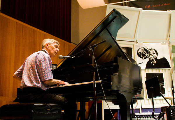 Musician Jamey Aebersold, of New Albany, discusses ear training with major and minor chords and melodies during his annual Summer Jazz Workshop at the University of Louisville School of Music earlier this month. Staff photo by Christopher Fryer