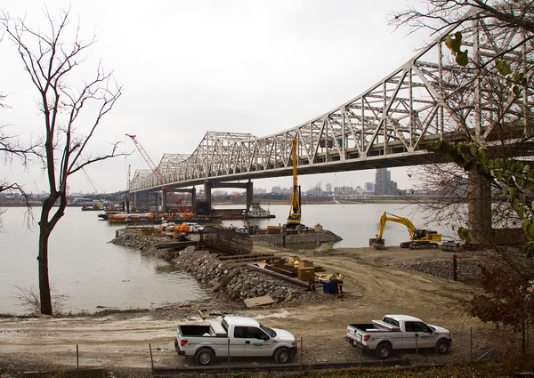 Crews work on the Ohio River Bridges Project next to the Kennedy Bridge in November of 2013. Staff photo by Christopher Fryer