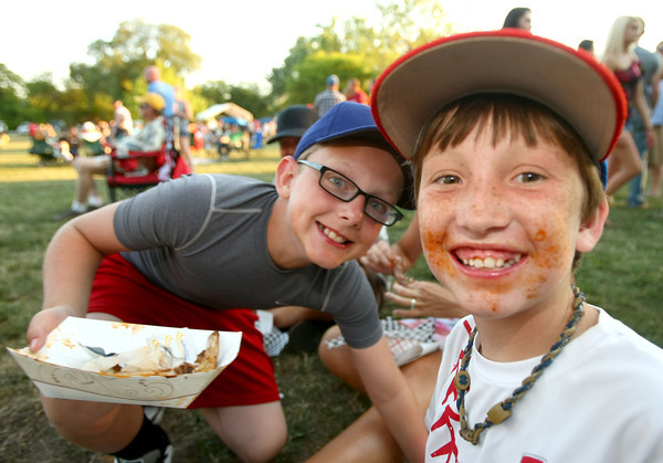 6-9-12<br /> Ribfest at Foster Park<br /> Hunter Forrey and Clay Nelson<br /> KT photo | Tim Bath