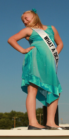 7-9-12<br /> Miss Howard County Junior Queen<br /> Hannah Saddler strikes a pose during the Miss Howard County Junior Queen pageant on Monday.<br /> KT photo | Kelly Lafferty