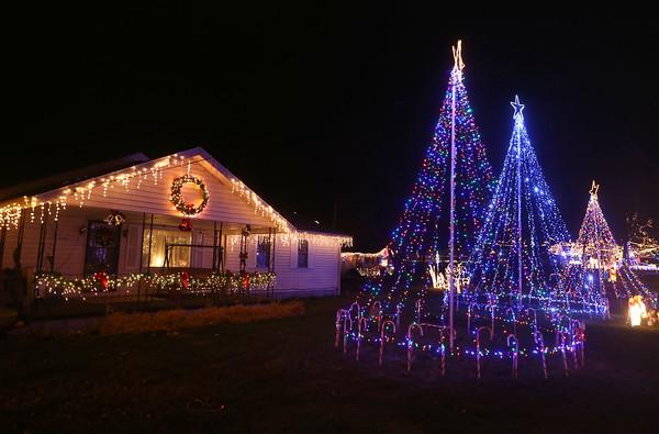 Barb Tinder Christmas Lights