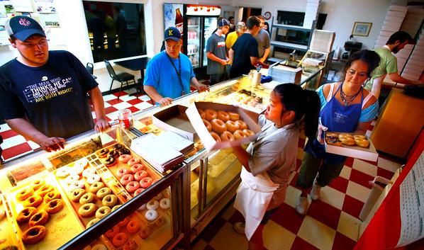 Dan's Donuts