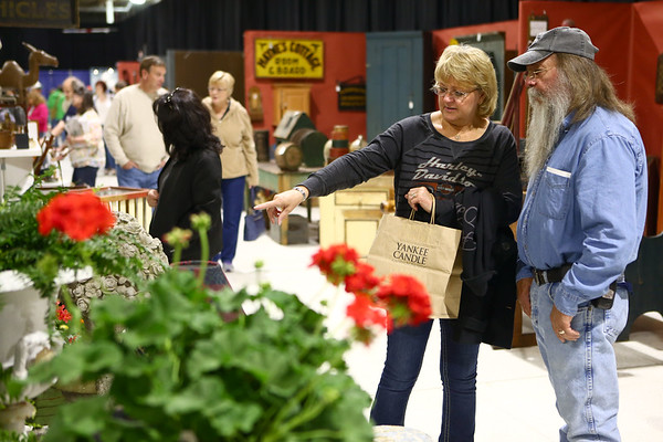 Pure and Simple Antique Show