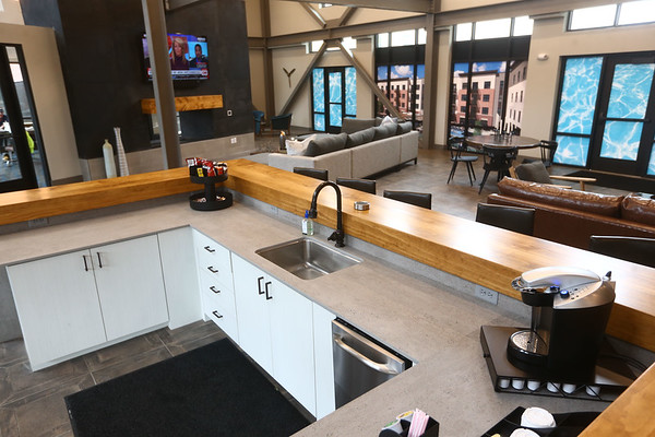 Lobby - Riverfront 306 Apartments<br /> Kelly Lafferty Gerber   Kokomo Tribune