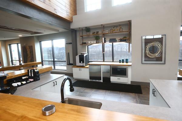 Lobby - Riverfront 306 Apartments<br /> Kelly Lafferty Gerber | Kokomo Tribune