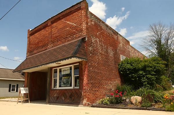 Avon Waters' art gallery and studio in Amboy on June 7.<br /> Kelly Lafferty Gerber | Kokomo Tribune
