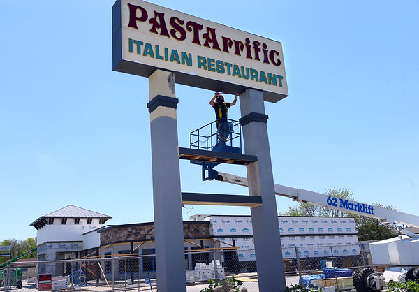 PASTArrific Sign painting
