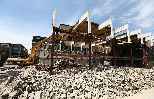 Demolition continues on the old Kokomo YMCA on Wednesday, May 9, 2018.<br /> Kelly Lafferty Gerber | Kokomo Tribune