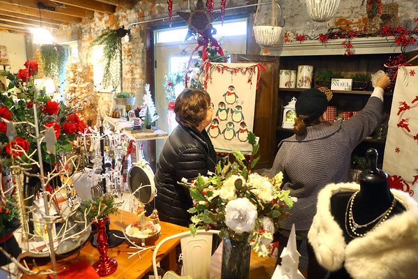 Shoppers brwose McClure's Orchard Toll House on November 29, 2019.<br /> Kelly Lafferty Gerber | Kokomo Tribune