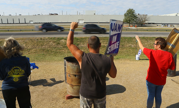 The GM strike is into it's fifth week as employees strike in front of the plant on Indiana 931 on Tuesday, October 15, 2019.<br /> Kelly Lafferty Gerber   Kokomo Tribune
