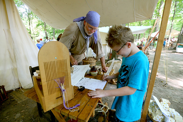 Over a thousand 4th graders participate in Koh-Koh-Mah & Foster Living History Encampment on Sept. 20, 2019. The event is open to the public on Saturday and Sunday at 9912 West, 100 South, Russiaville.<br /> Tim Bath | Kokomo Tribune