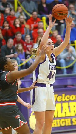 2-15-20<br /> Northwestern vs Fishers girls basketball regional semi-final<br /> Kendall Bostic throws a pass.<br /> Kelly Lafferty Gerber | Kokomo Tribune