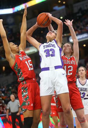 2-29-20<br /> Northwestern vs Lawrence North girls basketball state finals<br /> Madison Layden puts up a shot.<br /> Kelly Lafferty Gerber | Kokomo Tribune