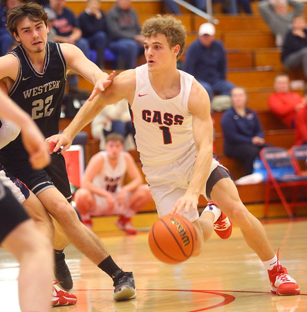 2-14-20<br /> Cass vs Western boys basketball<br /> Cass' Gabe Eurit takes the ball down the court.<br /> Kelly Lafferty Gerber | Kokomo Tribune