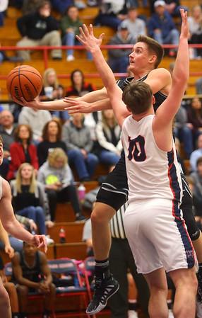 2-14-20<br /> Cass vs Western boys basketball<br /> Western's Kyle Sanders puts up a shot.<br /> Kelly Lafferty Gerber | Kokomo Tribune