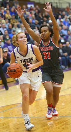 2-15-20<br /> Northwestern vs Fishers girls basketball regional semi-final<br /> Klair Merrell looks to the basket.<br /> Kelly Lafferty Gerber | Kokomo Tribune