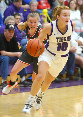 2-15-20<br /> Northwestern vs Fishers girls basketball regional semi-final<br /> Klair Merrell takes the ball down the court.<br /> Kelly Lafferty Gerber | Kokomo Tribune