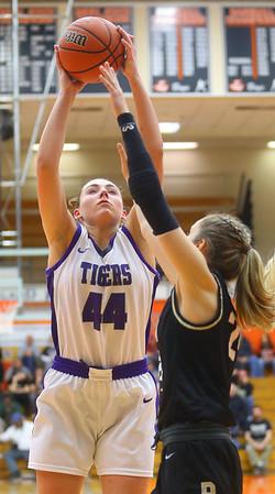2-22-20<br /> Northwestern vs Penn girls basketball semistate<br /> NW's Kendall Bostic puts up a shot.<br /> Kelly Lafferty Gerber | Kokomo Tribune