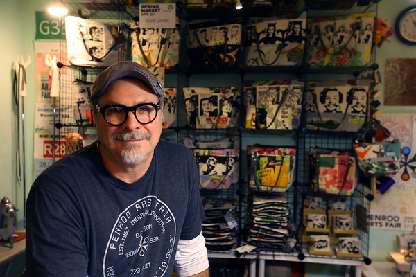 Scotty Jones, Master Artist, sells his product under the name Urthy Fiber on January 17, 2020.<br /> Tim Bath | Kokomo Tribune