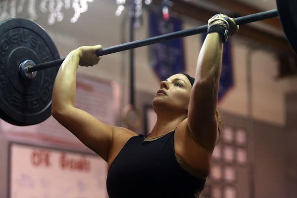 Allysha Smith lifts weights at CrossFit Kokomo on January 4, 2020.<br /> Kelly Lafferty Gerber | Kokomo Tribune