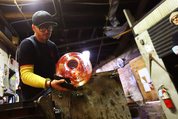 Jeff Simmons, Master glass blower, working in the studio at Kokomo Opalescent Glass on January 17, 2020.<br /> Tim Bath | Kokomo Tribune