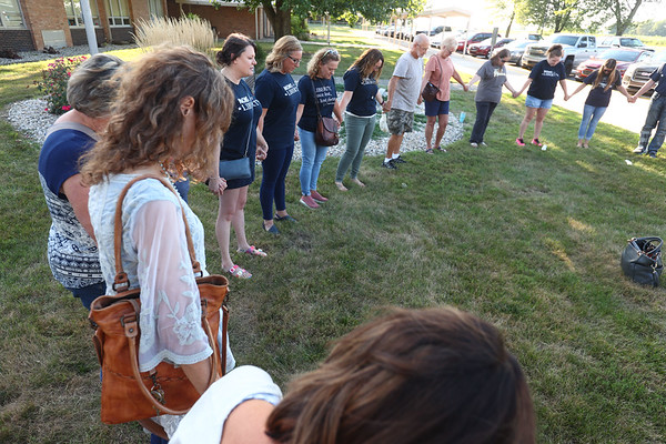 9-1-21<br /> Paula Davis, local head of Moms for Liberty, talks to a group of supporters before the Northwestern school board emergency meeting to decide the current policy for COVID-19 restrictions.<br /> Tim Bath   Kokomo Tribune