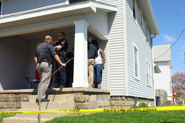 4-23-14   --- Shooting investigation at 718 South Union on Wednesday afternoon with the victim talking to Kokomo police about the incident. -- <br />   Tim Bath | Kokomo Tribune